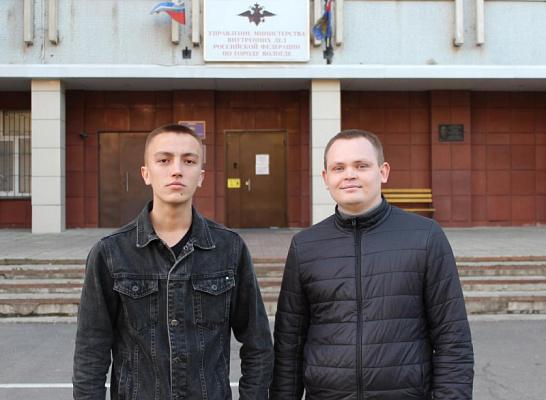 В Вологде полицейские-стажеры убедили пенсионерку не переводить деньги мошенникам